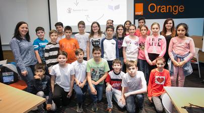 200 de elevi au participat la atelierele digitale organizate de Salvați Copiii și Orange în cadrul programului Școala Altfel