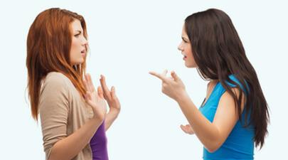 Am probleme cu prietenii. Mă aflu într-o relație toxică?